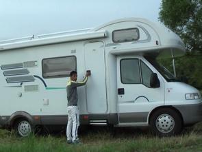 Caravan Boys - 3