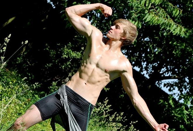 Muscle Flex - Casting 10