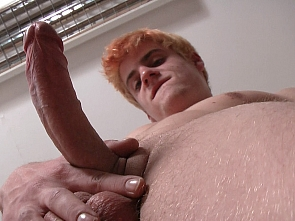 Exclusive - Casting - Big cumshot