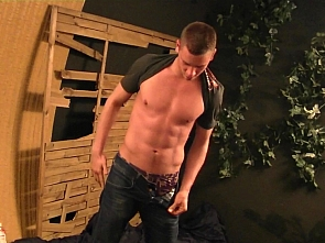 PL Studio - Cute guy - video