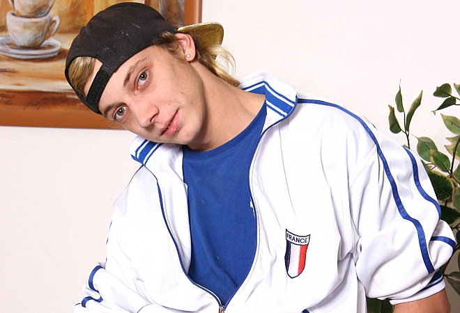 Exclusive Casting - Young Skater Boy
