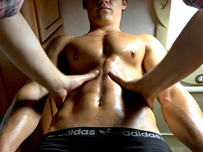 Massage - Muscle Worship