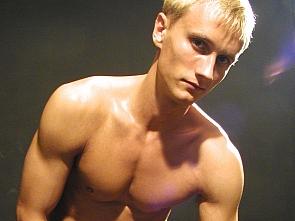 PL Studio - Blond Muscle Guy 2