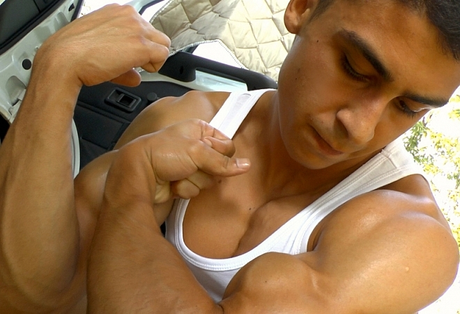 Exclusive Casting - Summer Muscle Worship