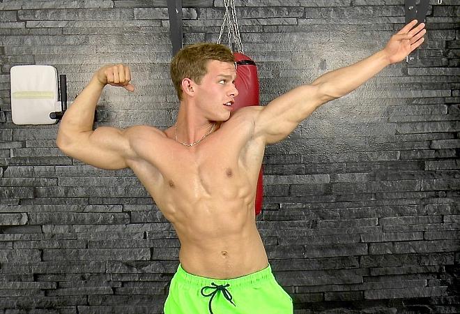 Muscle Flex - Casting 15